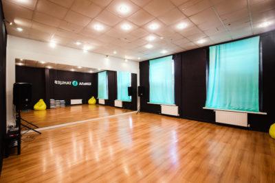 Соло-латина занятия в танцевальной студии Школа Танцев в Озерках