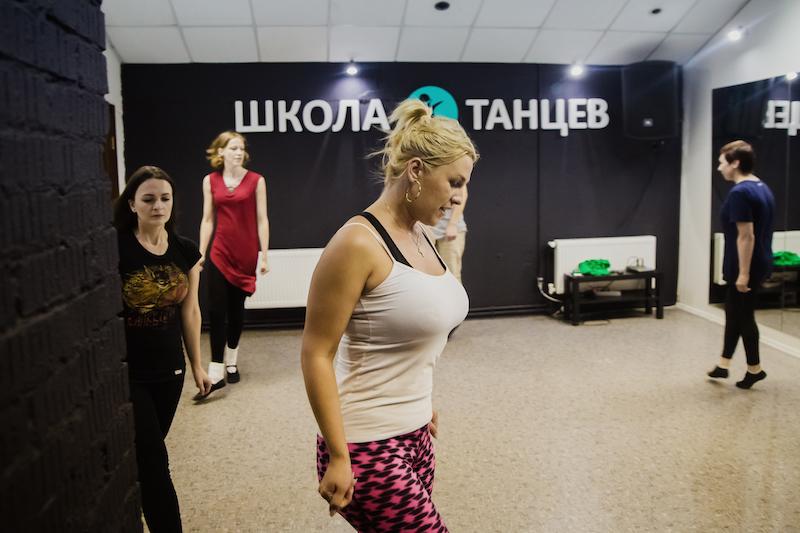 Уроки дэнсхола в Школе Танцев